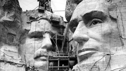 Знаменитые памятники: строительство до века развитых технологий