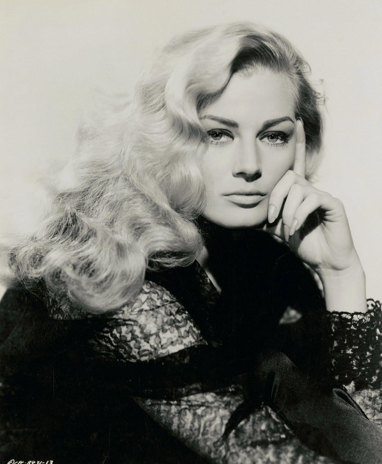 Анита Экберг, 1956 год