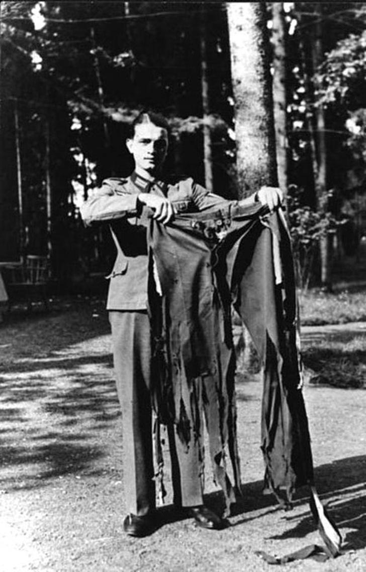 Штаны Адольфа Гитлера после неудачной попытки покушения в «Вольфсшанце» («Волчье логово»). 1944 год