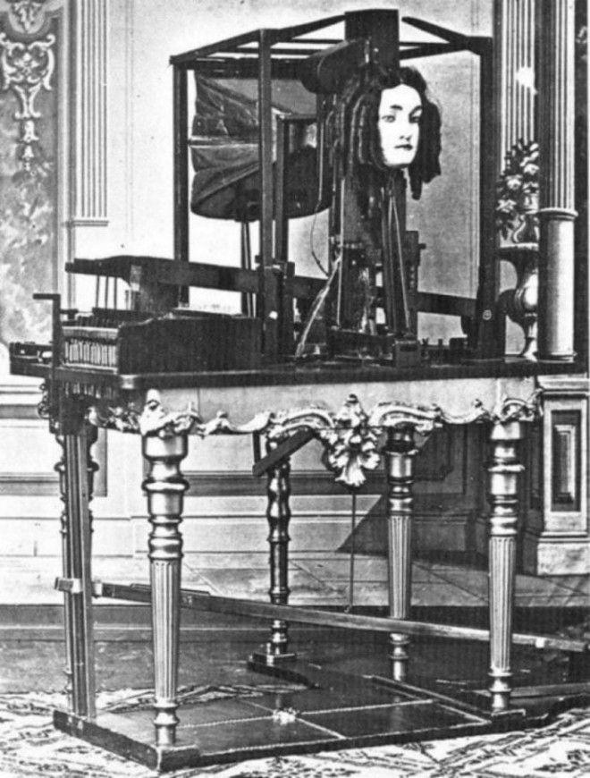 Автоматизированный робот, эмитирующий человеческую речь, 1860-е