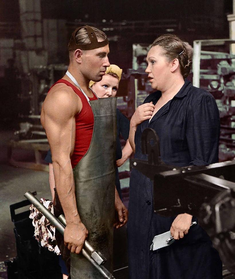 Рабочий и руководитель, автомобильный завод, Москва, 1954 год