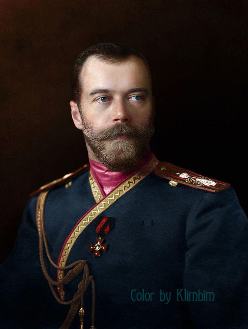 Николай II в мундире лейб-гвардии 4-го стрелкового Императорской Фамилии полка, 1912 год