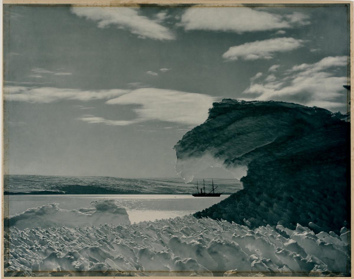 Antarctica_1911_fotograf_Frank_Hurley_1