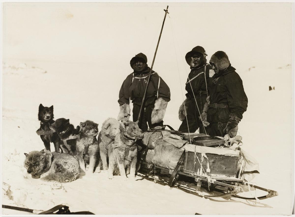 Antarctica_1911_fotograf_Frank_Hurley_14