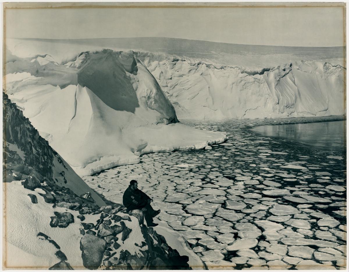 Antarctica_1911_fotograf_Frank_Hurley_20