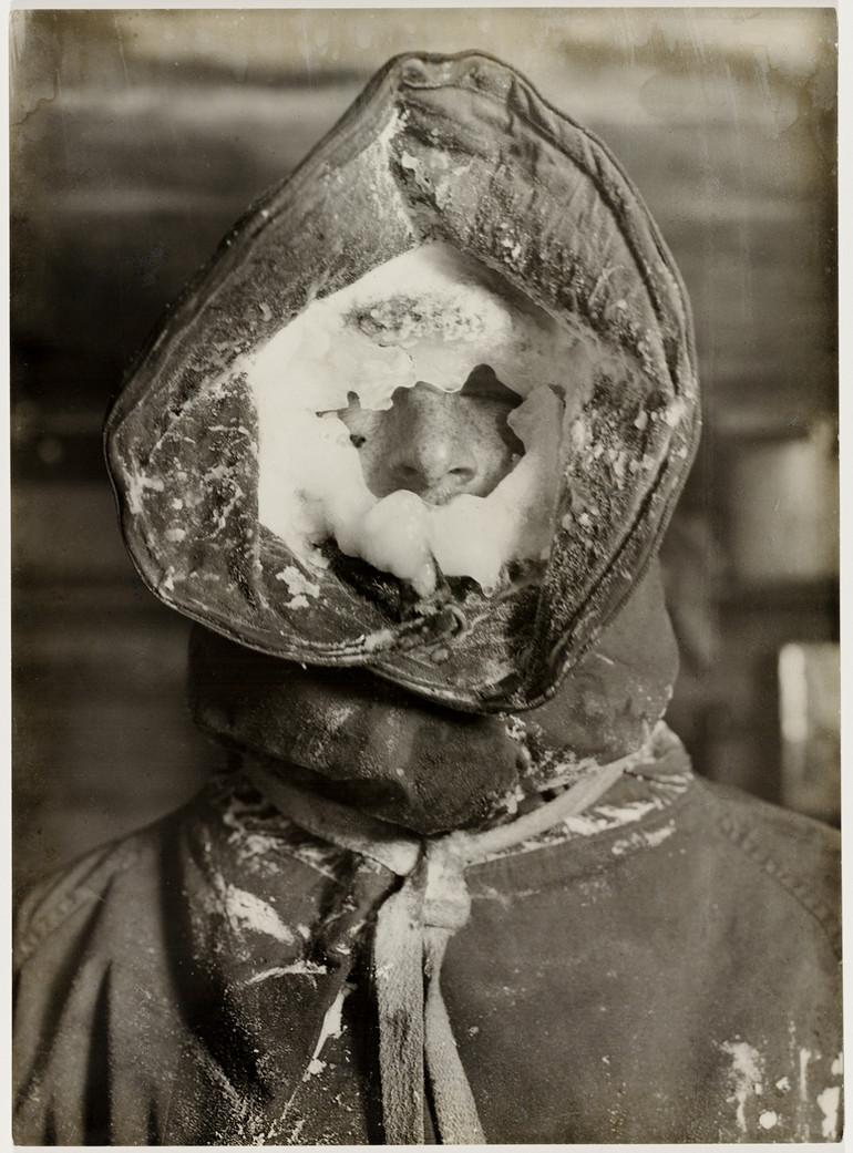 Antarctica_1911_fotograf_Frank_Hurley_21