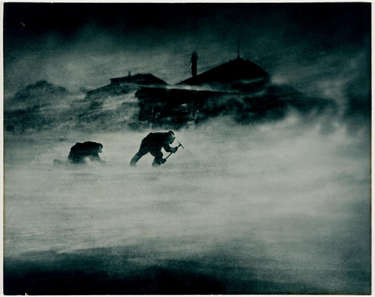 Antarctica_1911_fotograf_Frank_Hurley_26
