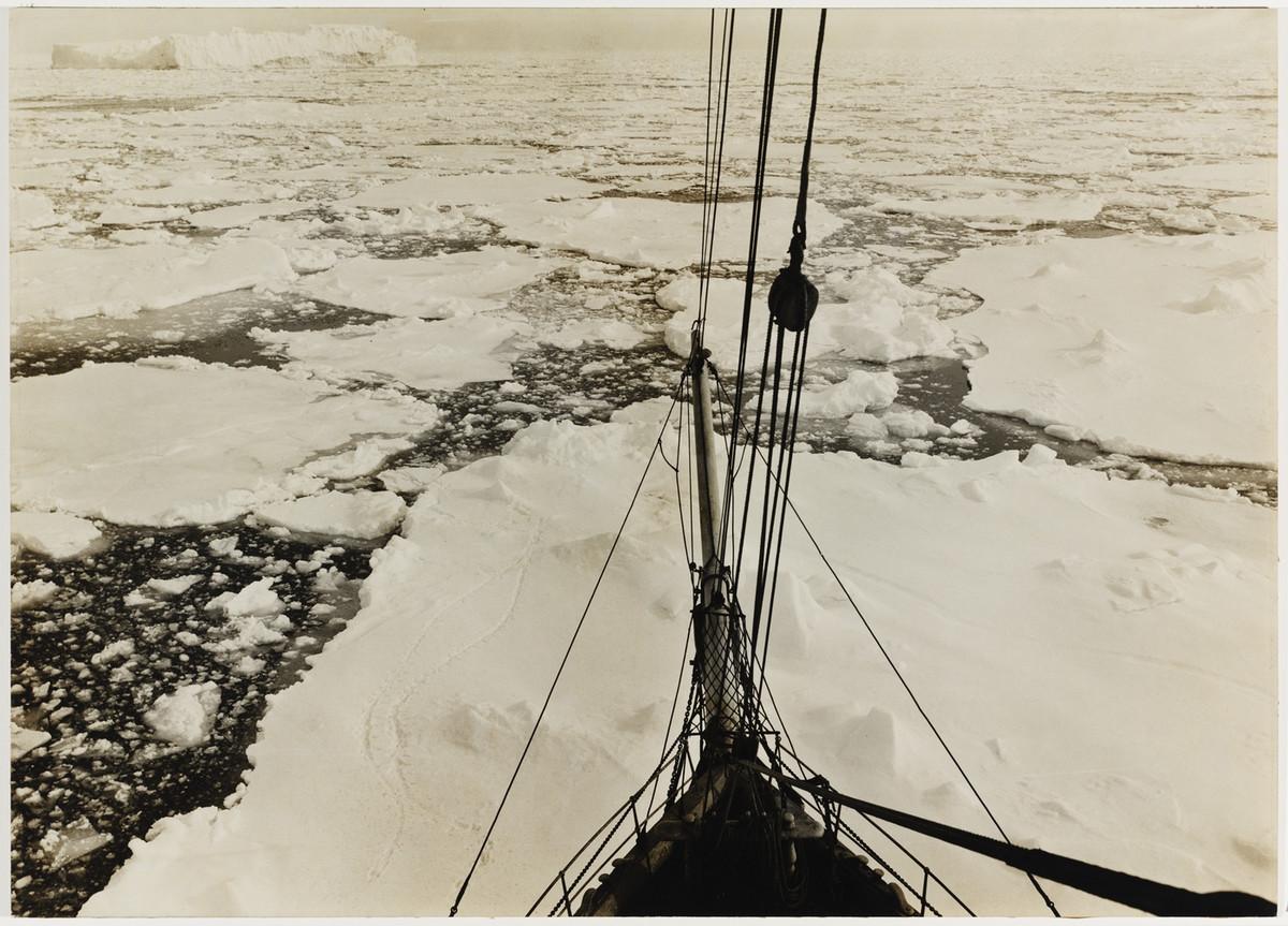 Antarctica_1911_fotograf_Frank_Hurley_29