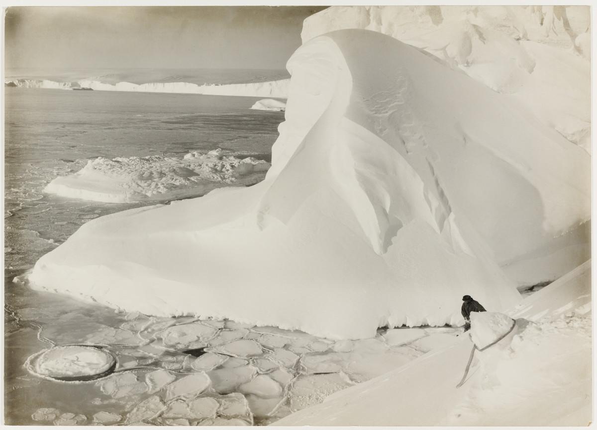Antarctica_1911_fotograf_Frank_Hurley_3