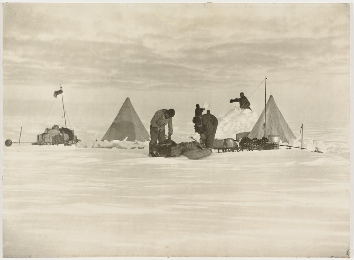 Antarctica_1911_fotograf_Frank_Hurley_4