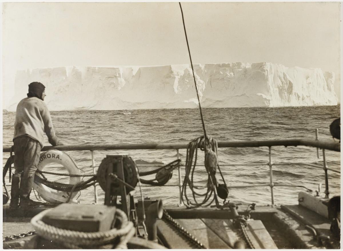 Antarctica_1911_fotograf_Frank_Hurley_41