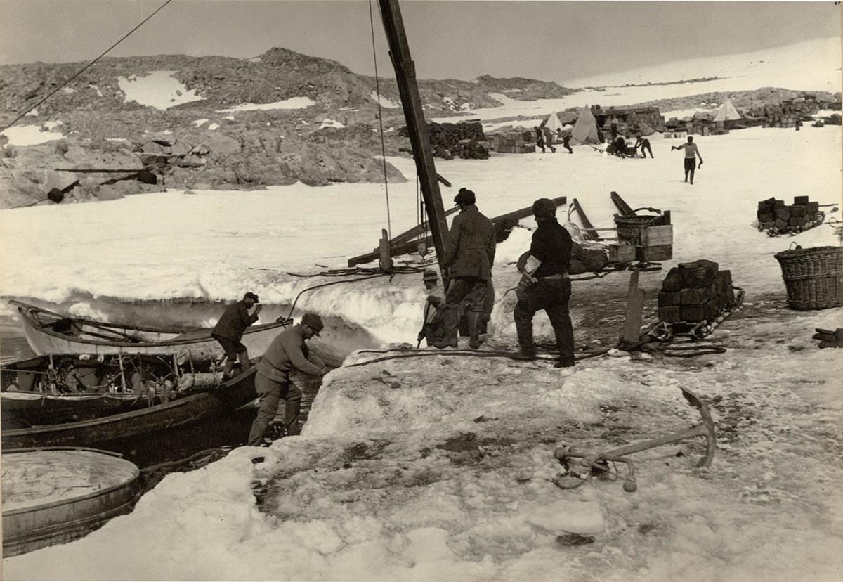 Antarctica_1911_fotograf_Frank_Hurley_63