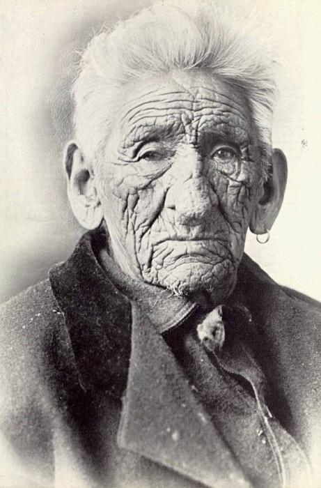 Индеец племени чиппева Джон Смит.