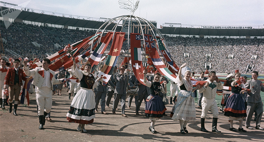 festival_molodezhi__studentov_Moskva_1957.jpg_16
