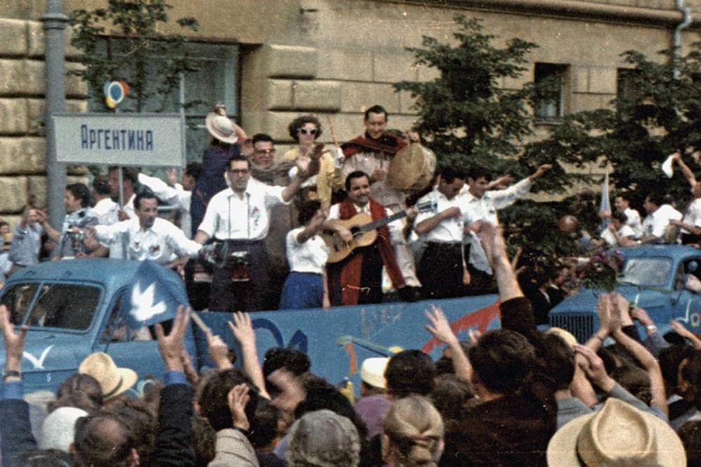 festival_molodezhi__studentov_Moskva_1957.jpg_19
