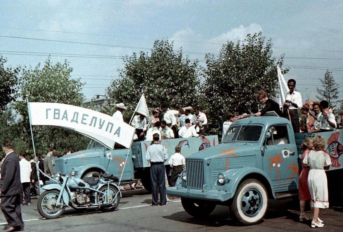 festival_molodezhi__studentov_Moskva_1957.jpg_3