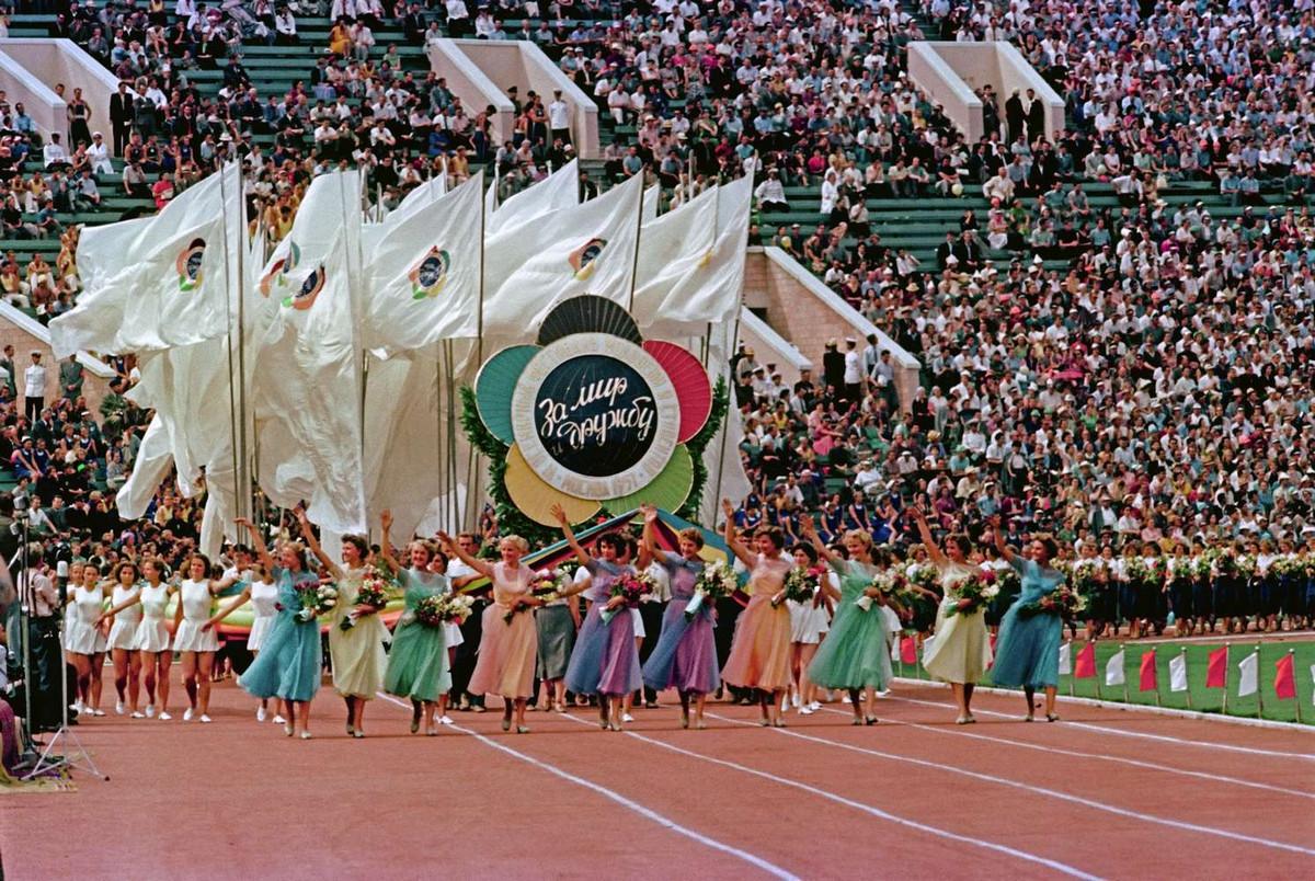 festival_molodezhi__studentov_Moskva_1957.jpg_6