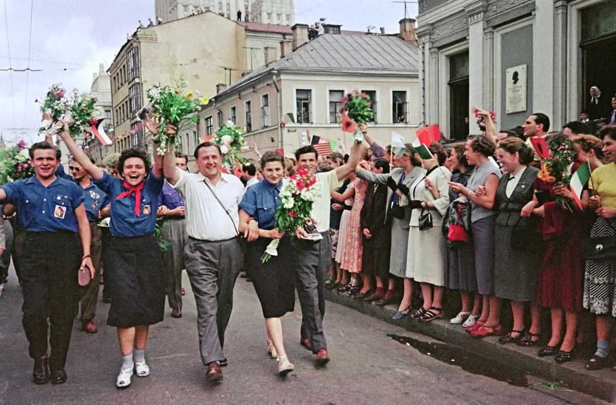 festival_molodezhi__studentov_Moskva_1957.jpg_8