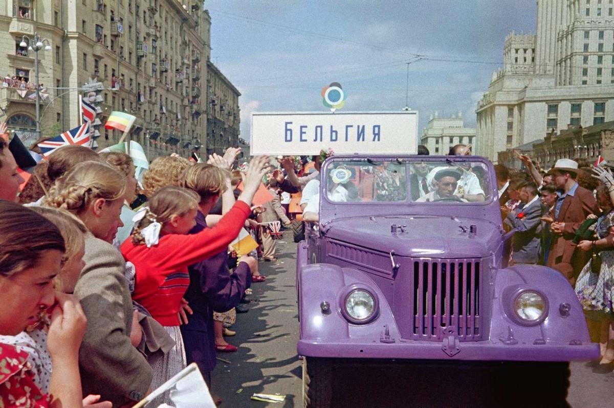 festival_molodezhi__studentov_Moskva_1957.jpg_9
