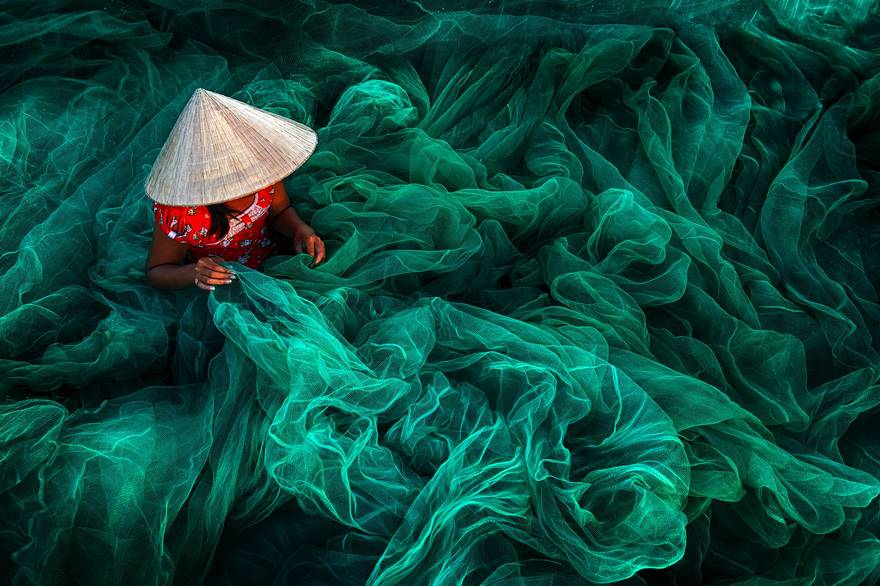 Шитьё рыболовной сети в Фанранге, Вьетнам