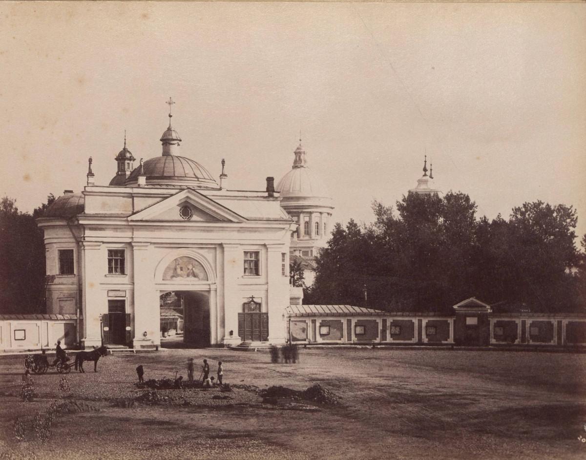 Первый фотоальбом с красотами Санкт-Петербурга, 1880-е годы