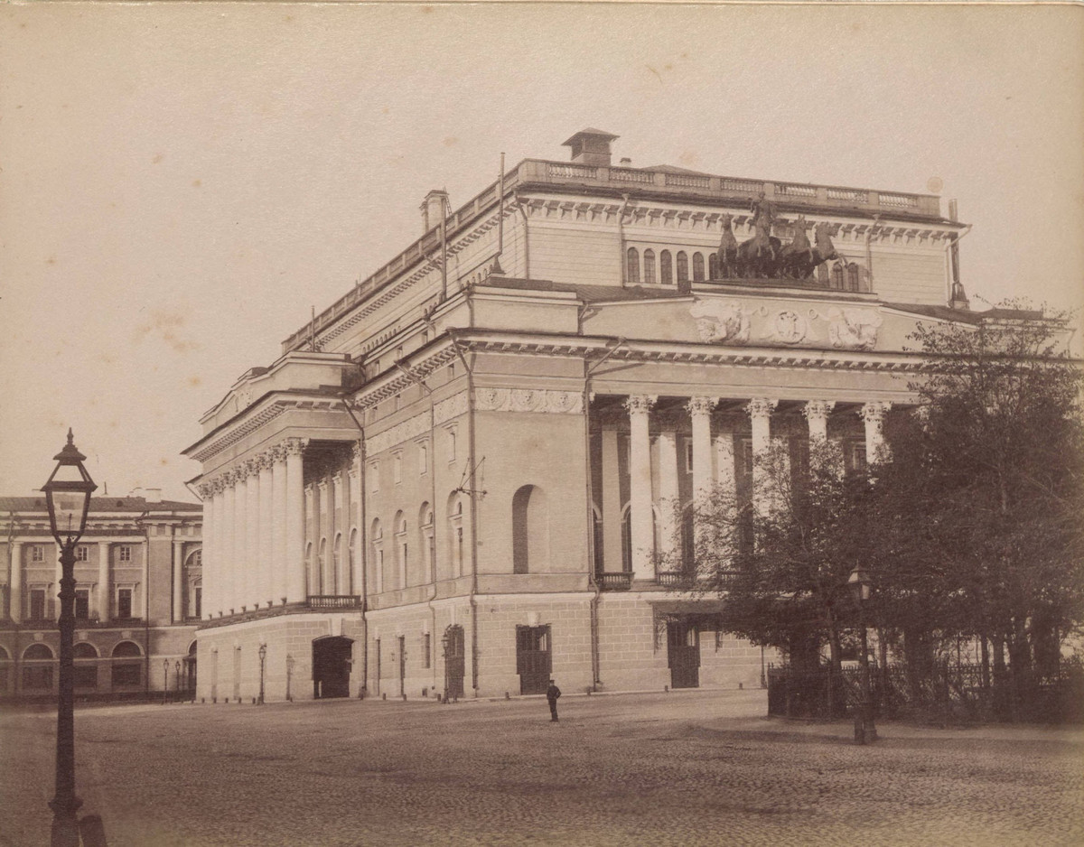 Sankt-Peterburg-fotoalbom-Zhan-Batist-Avanzo_24