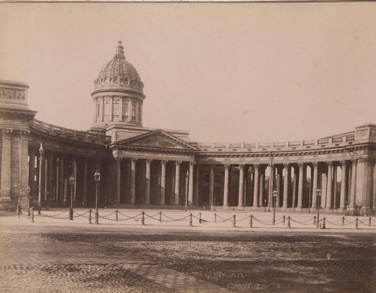 Sankt-Peterburg-fotoalbom-Zhan-Batist-Avanzo_7