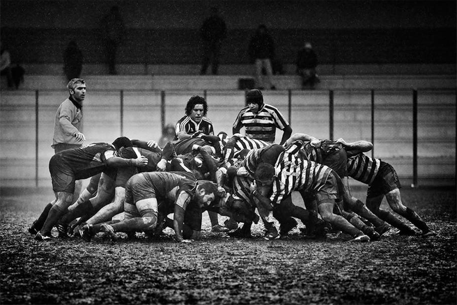 Из серии об итальянских регбистах. Первое место в категории «События: Спорт».