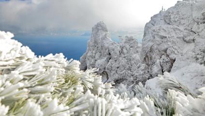 Чудеса Ай-Петри: зимняя сказка в фото