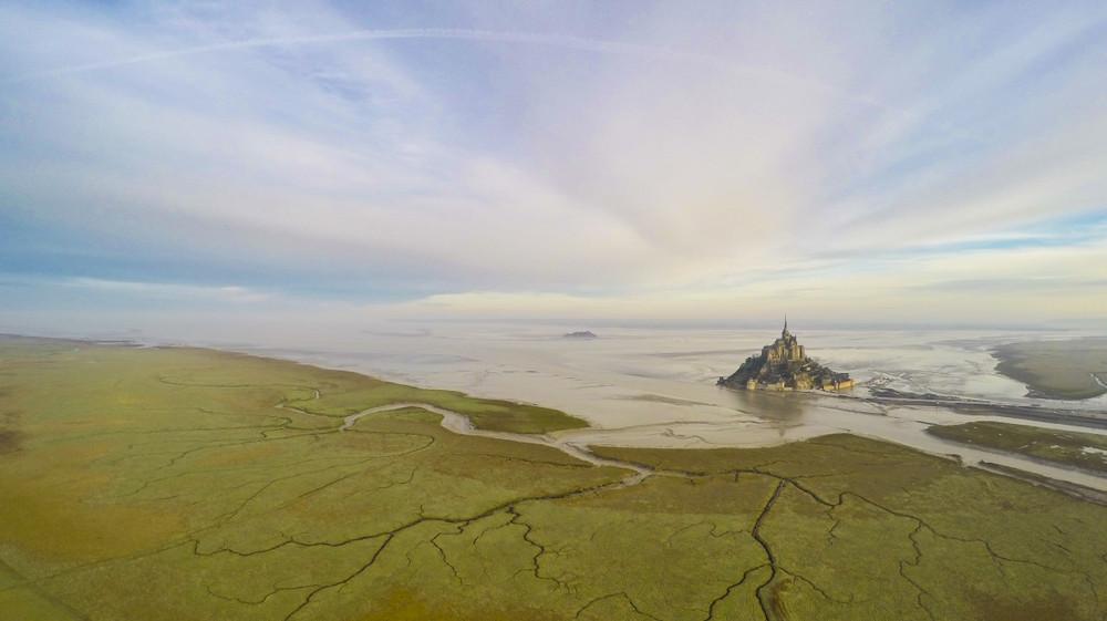 Вид на гору Сен-Мишель. Франция