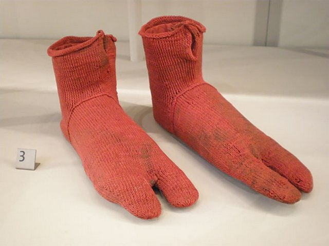 Самые старые носки (2500 лет)