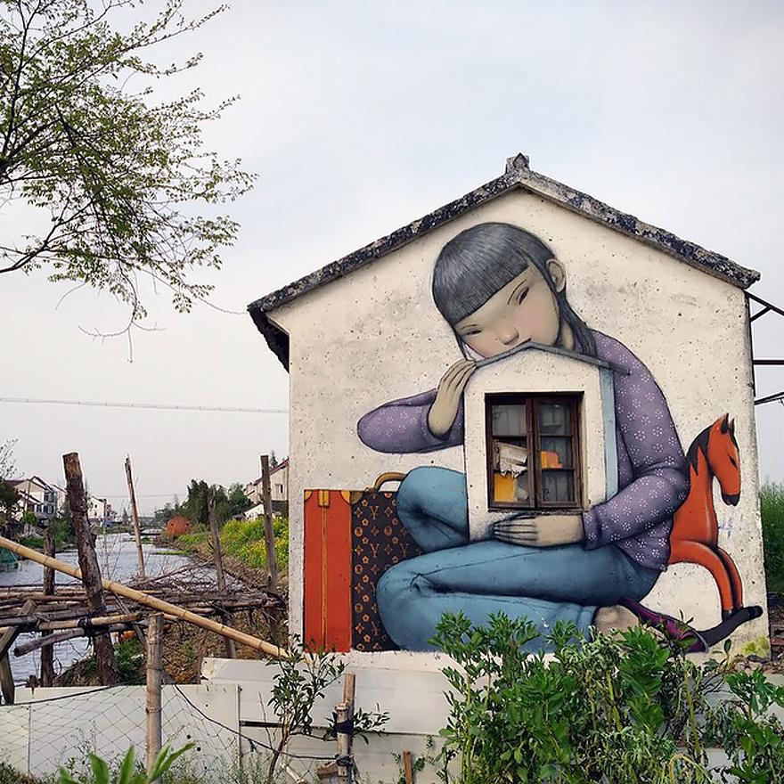 Не просто граффити, а новый мир: шедевры уличного художника
