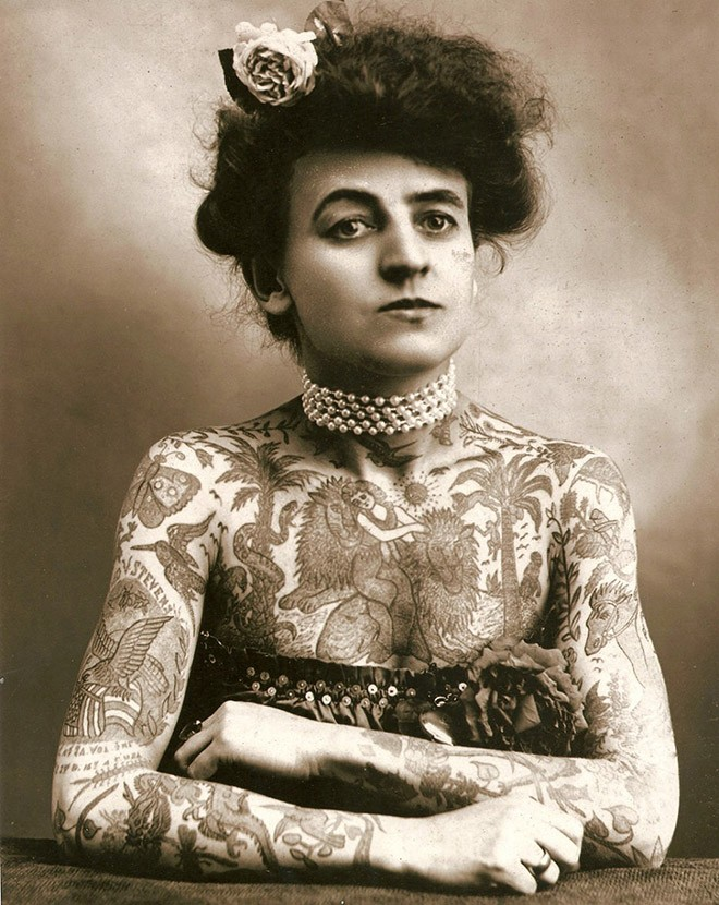 Мод Вагнер - первая хорошо известная женщина тату-мастер в США. 1907 год