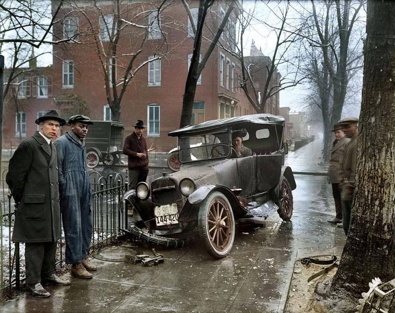 Автомобильная авария в Бруклине. 1921 год