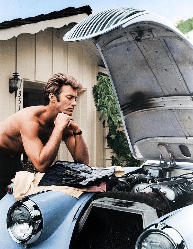 """Клинт Иствуд со своим """"Ягуаром"""" 58 года. 1960 год"""