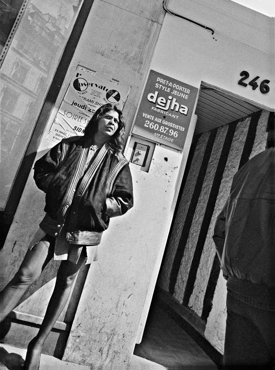 ulitsa-Sen-Deni-Fotograf-Massimo-Sormonta_32
