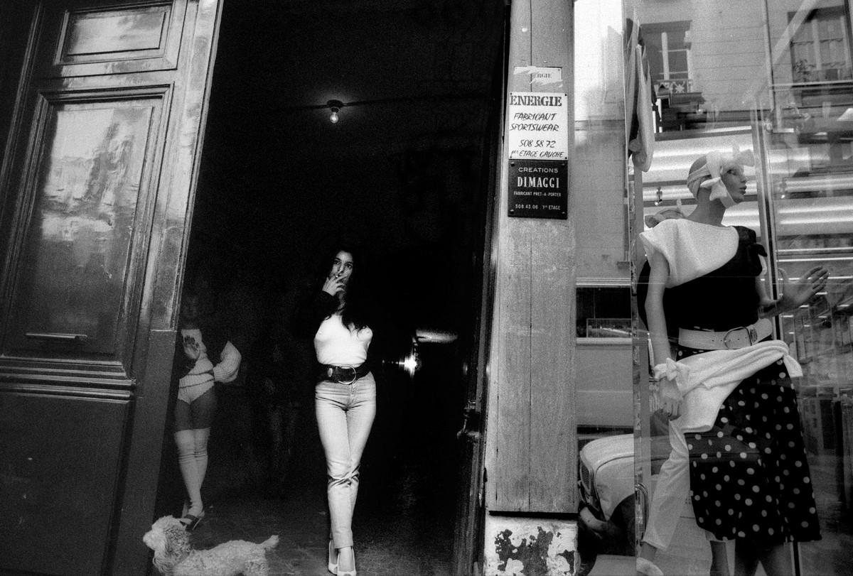 ulitsa-Sen-Deni-Fotograf-Massimo-Sormonta_63