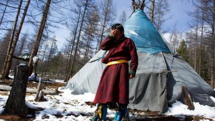 Снимки одного из последних племен оленеводов в Монголии