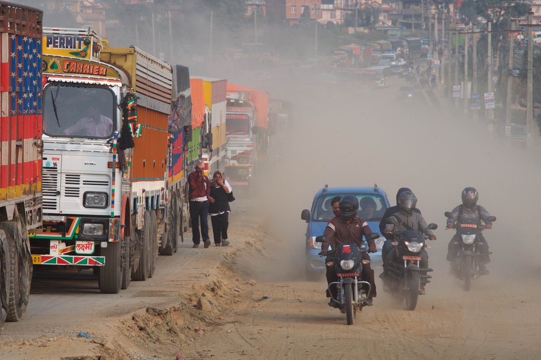 1529671789_kathmandu_commuter_hell_002582_003