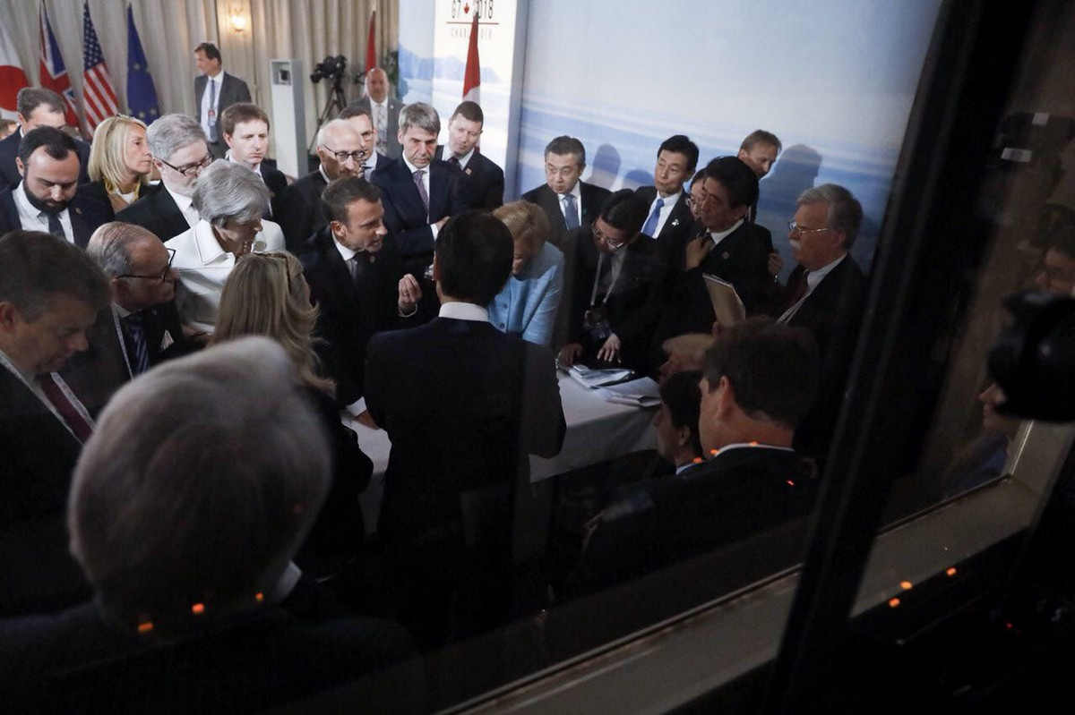 Tramp-na-sammite-G7-foto_7