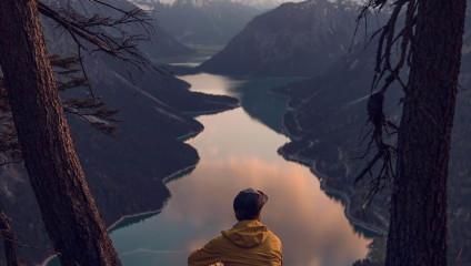 Красота и величие гор на снимках Тома Клокера