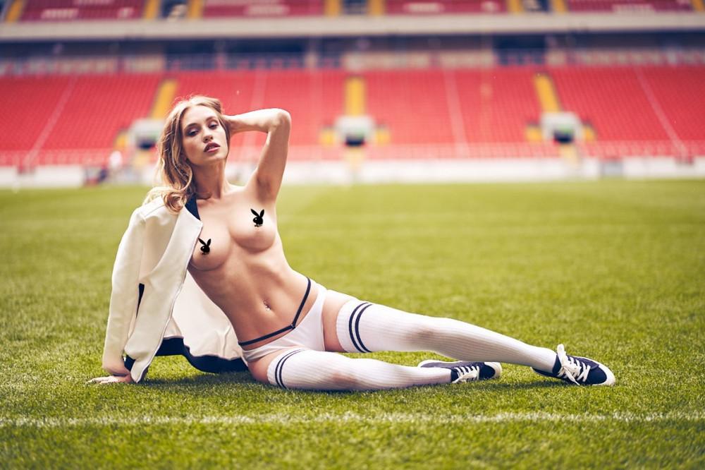 futbolnaya-komanda-Playboy_13