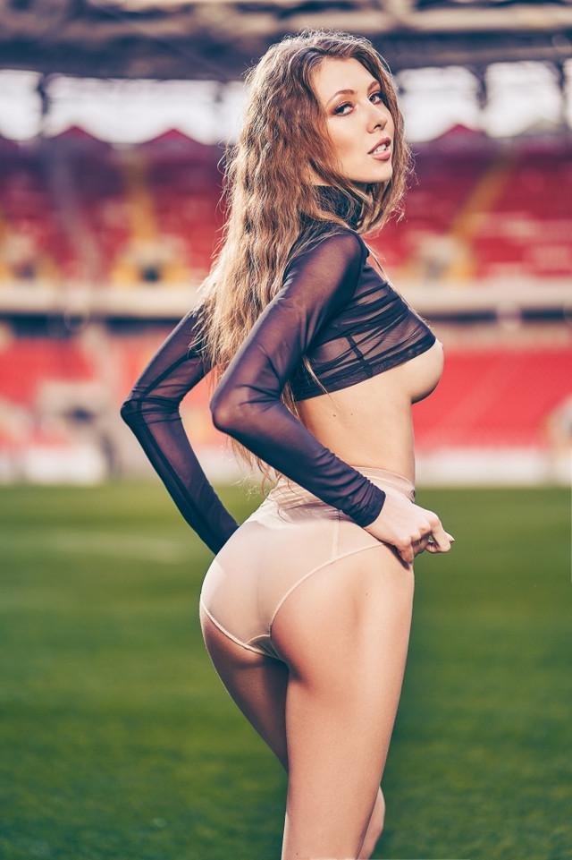 futbolnaya-komanda-Playboy_2