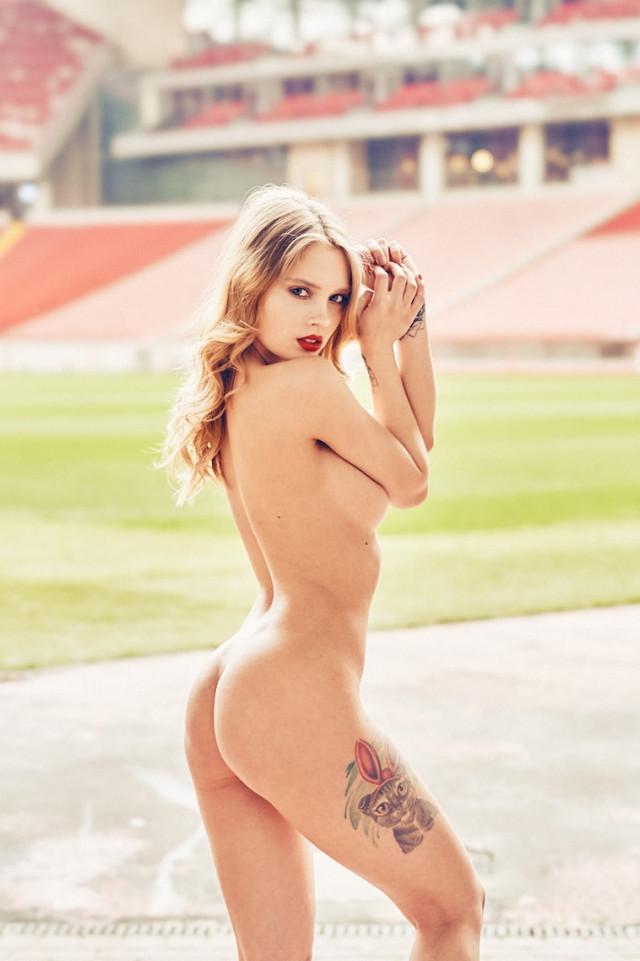 futbolnaya-komanda-Playboy_32