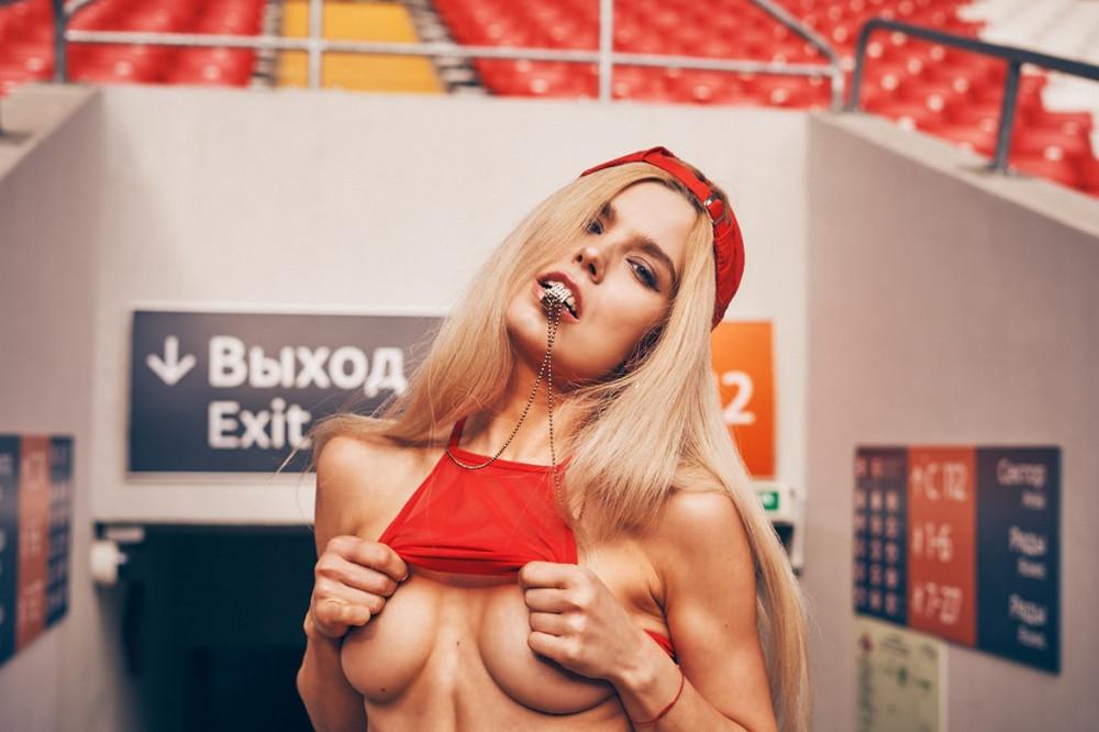 futbolnaya-komanda-Playboy_8