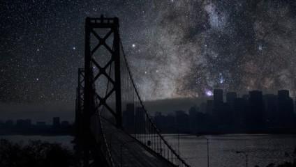 Звездное небо над мегаполисами