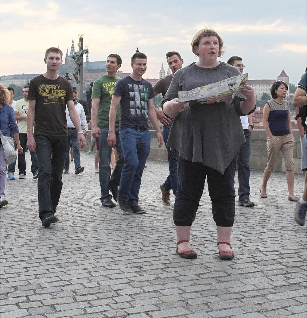Реакция людей на полных: фотопроект «Весонаблюдатели»