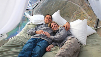 Отдых с экстримом: прозрачный номер в отеле на 122-метровой высоте