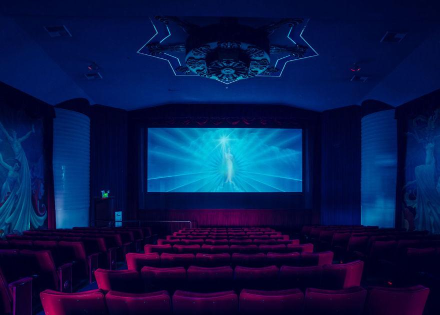 6. Orinda Theater, Калифорния, США
