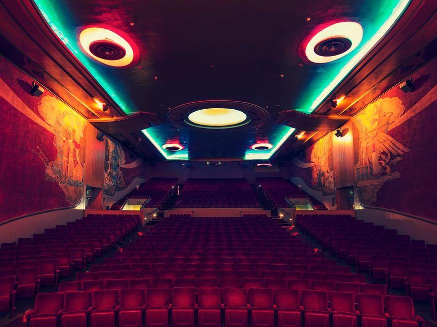 7. Китайский кинотеатр Граумана, Лос-Анджелес